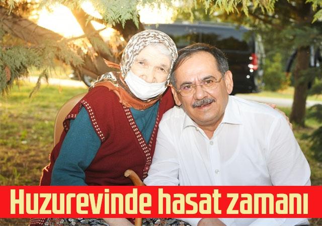 Başkan Demir, huzurevi sakinleri ile sebze topladı, bocce oynad